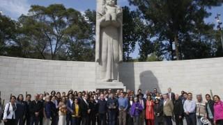 Entrega GCDMX restauración del Monumento a la Madre y avance de obra de rehabilitación del Jardín del Arte